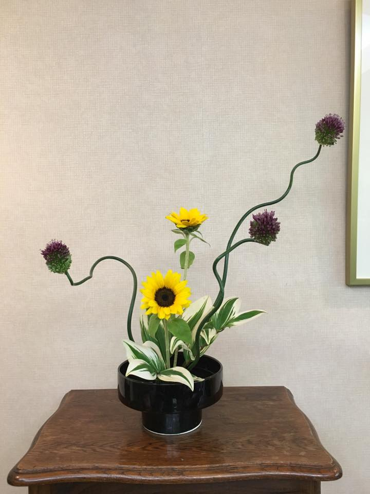 Ikebana-Ikenobo-free style #1