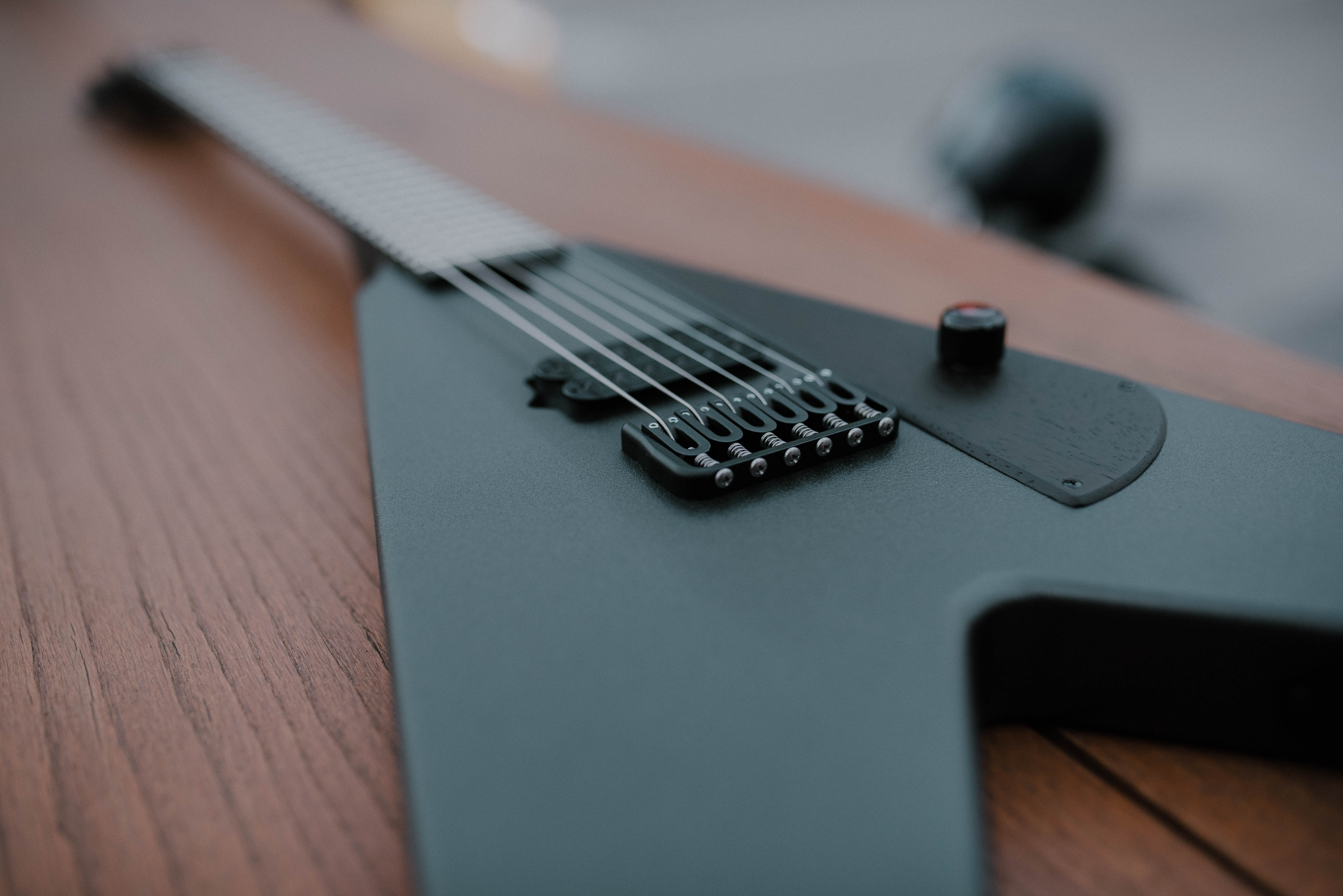 Vicioūs Guitars, Moth BlackAsYourSoul™ finish